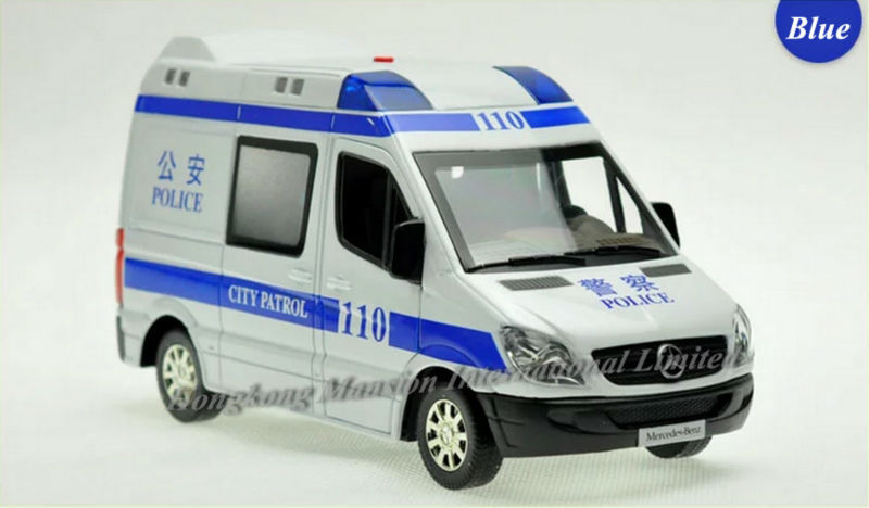 1:32 Scale Alloy Diecast Police Car Model For TheBenz Sprinter Collection RV Model Pull Back Toys Car With Sound&Light - Blue(China (Mainland))