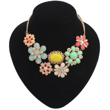 2014 New Fashion Crystals Necklaces Pendants Big Flower Bohemian Collar Necklaces Statement for women Spring Summer