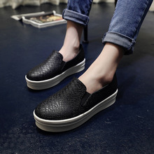 NEW 2015 Brand Sneakers Women Snakeskin Loafers Flats Shoes Woman Casual Slip on Platform Shoes Ladies Creepers Black Beige