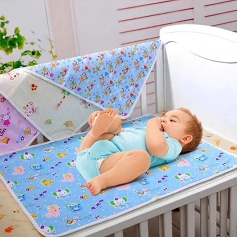 baby separates the urine mattress 100% cotton soft breathable and waterproof printed pattern random delivery TRX0035(China (Mainland))