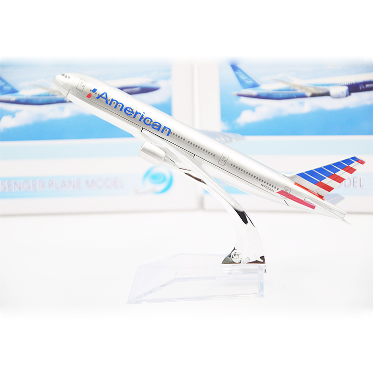 16cm Alloy Metal Airplane Model American Airlines Boeing 777 Airways Airbus Model W Stand Aircraft Toys Gift(China (Mainland))