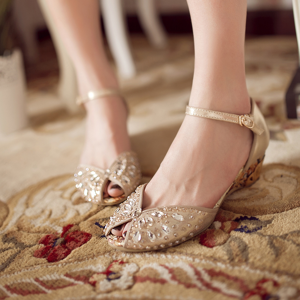 2013 Rhinestone Sandals Female Genuine Leather Open Toe Wedges Shoe Champagne Color Crystal