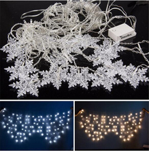 AC110/220V 104Bulbs LED Light Snowflake Style Indoor Outdoor Curtain String Lighting Wedding Party Holiday New Year Decoration(China (Mainland))