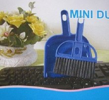 Mini cleaning Sweeper Brush &Dustpan Set for car keyboard corner cleaner CN post(China (Mainland))