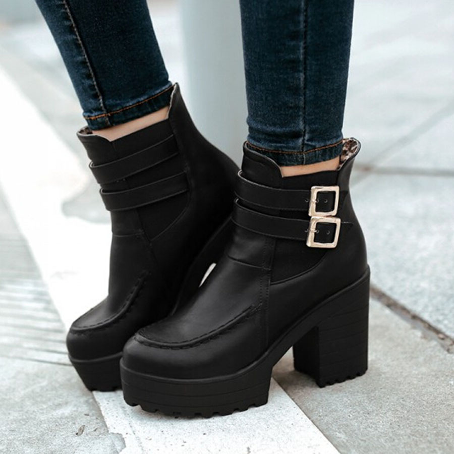 Mujer Botas con plataforma Calvin Klein SANYA - Botas con plataforma - black,calvin klein outlet zapatos,eterno Move your mouse over image or click to enlarge € € Ahorre: 48% descuento.