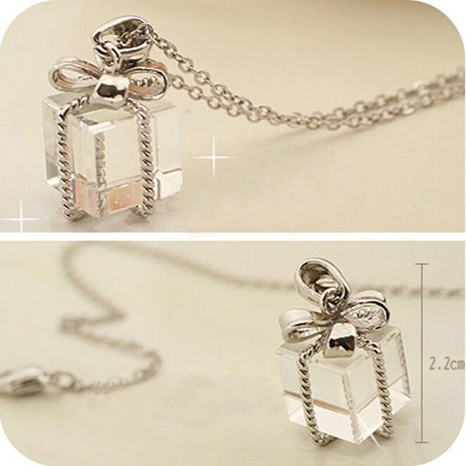 New Fashion Transparent Small Gift Box Bow Packs Chain Pretty Necklace Sweater Clear Pendant Jewelry Gift #DQlyt(China (Mainland))