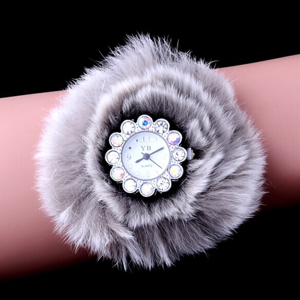 New Arrived Fur Dial Women dress watches Unique Look Relogio Original Ladies Luxury Decorate New Brand wristwatches reloj mujer(China (Mainland))
