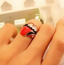 Korean jewelry wholesale influx of people retro Rolling Stones Flaming big tongue Ring Ring Female R58(China (Mainland))