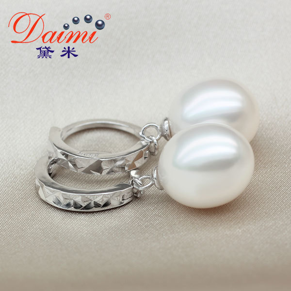 Здесь можно купить  2015 New Circle Earrings Natural River Pearl With 925 Sterling Silver Hook Earrings For Women KOREAN  Ювелирные изделия и часы