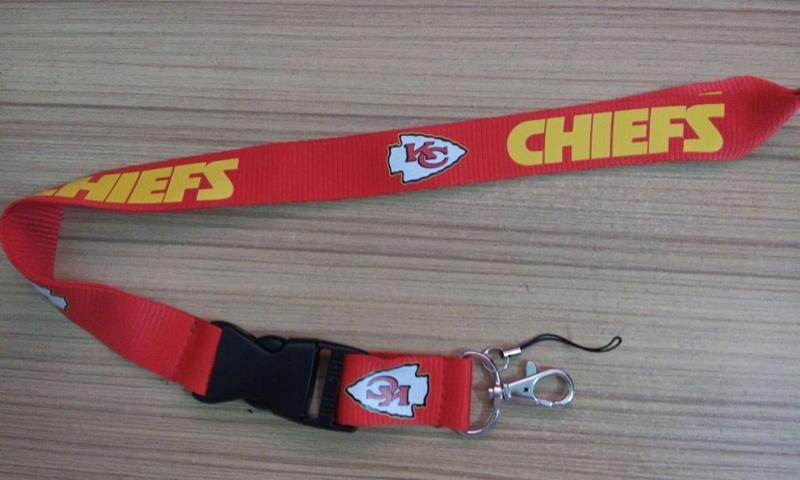 1pc/lot Kansas City Chiefs Lanyard Carabiner Keychain NFL New Christmas Gifts(China (Mainland))