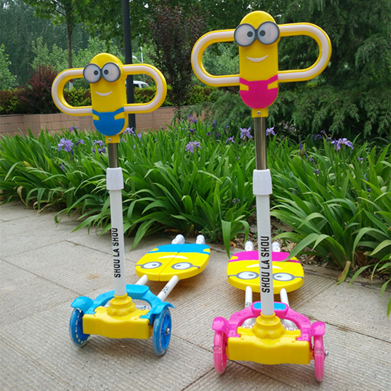 Kids Scooter Bikes Four Flash Wheels Breaststroke Scooter Baby Swing Bike Ride on Toy More Safety(China (Mainland))