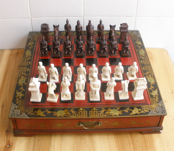 DHL Delivery 43.5 * 43.5 * 8CM International ChessQueen Perspective Terracotta Figures Chess Antique Wooden Board Christmas Gift(China (Mainland))