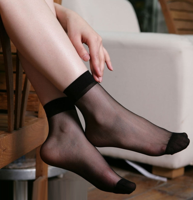 1 LOT 20PCS 10PAIRS Lady s girlsTransparent Thin Crystal Socks women socks black basic colors