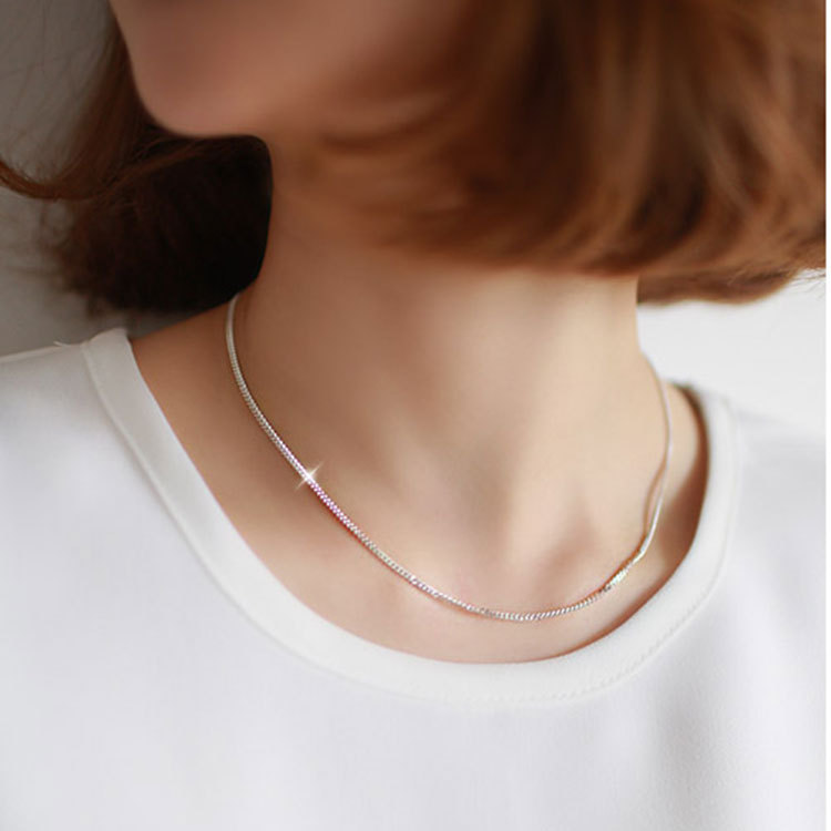 Korean New Fashion Simple Wind Silver Color Alloy Short Clavicle Star Snake Chain Necklace Birthday Gift(China (Mainland))