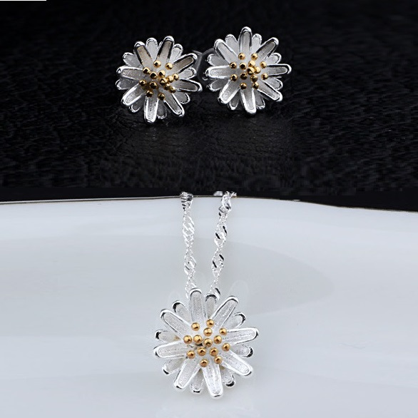 Romantic Women Jewelry Set Cheap Daisy Flowers Silver Plated Pendant Necklaces Collier For Women Colgantes Mujer Ulove DML01(China (Mainland))