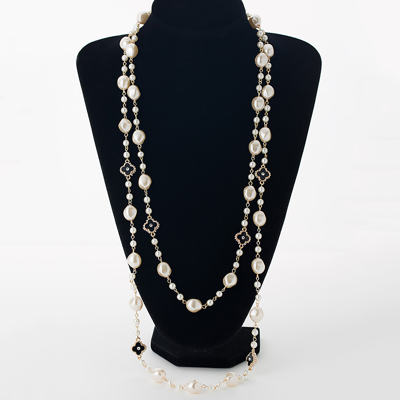 Simulated pearl long necklaces women gold color chain rhinestone four leaf clovers strand beads female sweater necklace