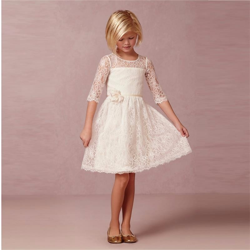 Фотография Long Sleeves Beach Ivory Lace Flower Girls Dresses With Half Sleeve Knee Length Cheap New 2016 Girls Birthday Dress Communion