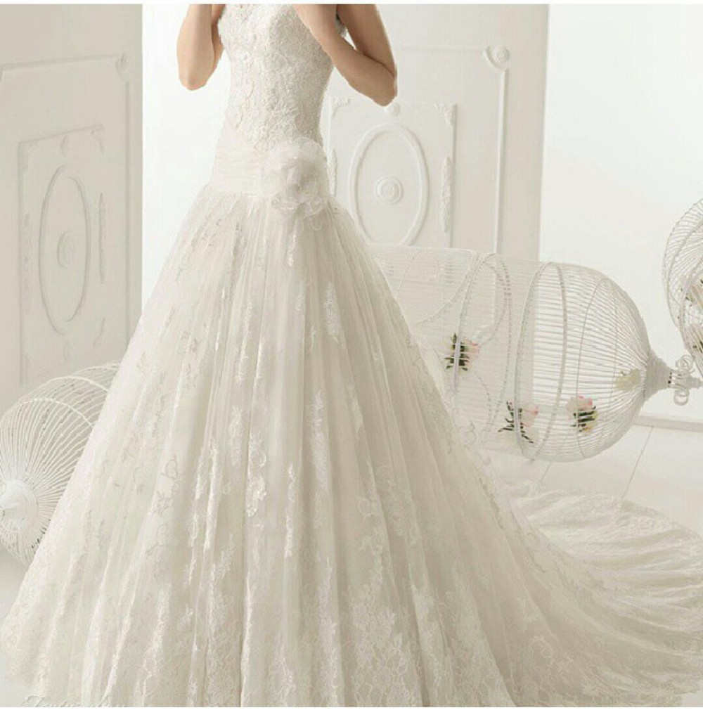 Elegant design strapless appliqued flower fit and flare for All lace fit and flare wedding dress