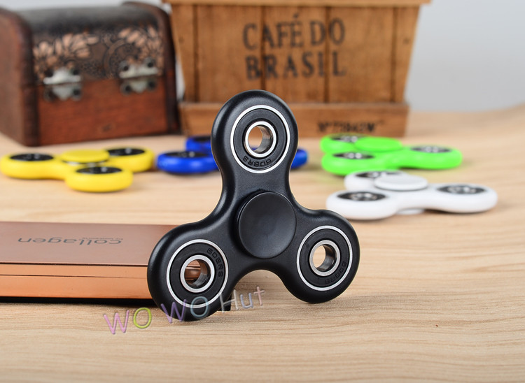 White/Black/Blue/Yellow /Green/Red 6 colors-Spinner Fidget Toy Plastic EDC Hand Spinner For Autism and ADHD