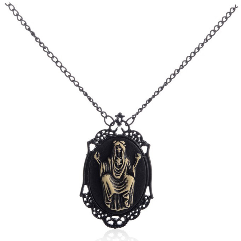 Black Frame Necklaces & Pendants The Witcher Mexican Skull Gothic Steampunk Long Necklace Clothing Jewelry Kolye(China (Mainland))