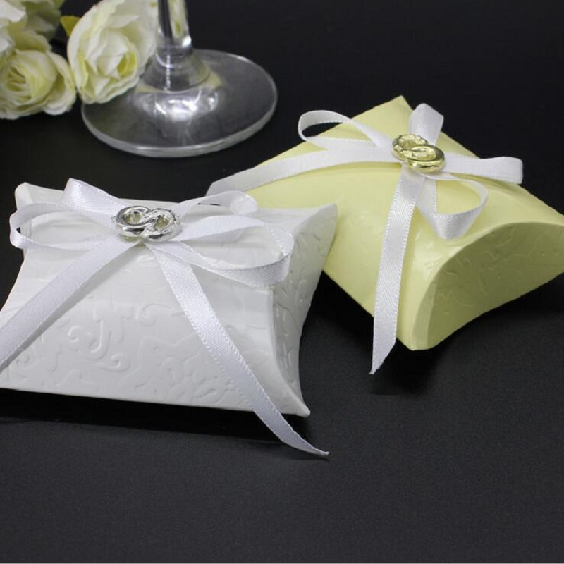 Golden,White Printing Paper Pillow Favor Gift Box Candy Boxes Paper Gift Box Bag Wedding Party Supply With Rosette Baby Showert(China (Mainland))