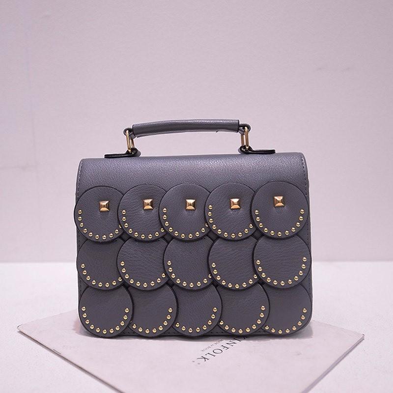 2016 New Fashion Chic Handbag Women Rivet Plaid Wafers Flap Small Bag Designer Trendy Ladylike PU Leather Crossbody Bag