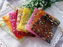 Freies Verschiffen! 100 teile/los 9*12 cm sortierte Farbe gedruckt Golden Star & Mond Organza Taschen Kordelzug Taschen Perlen Pack Geschenk Beutel(China (Mainland))