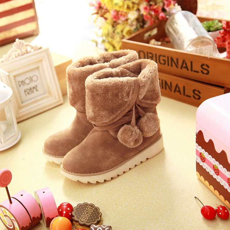 2015 women winter boots sweet Hairball tassel shoes BIG SIZE woman ankle snow boots heels 5 color 2 Modeling sapatos femininos(China (Mainland))