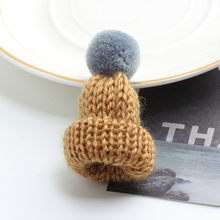 19 Warna Lucu Mini Rajutan Hairband Topi Bros Sweater Pins Lencana Kerah Aksesoris Pakaian Kreatif Topi Pin Bros Wanita(China)