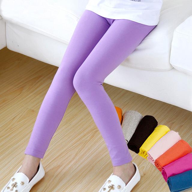 Девушка брюки новые приходят Конфеты цвет девушки леггинсы Малыша классические Леггинсы 2-13Y детей брюки детские леггинсы