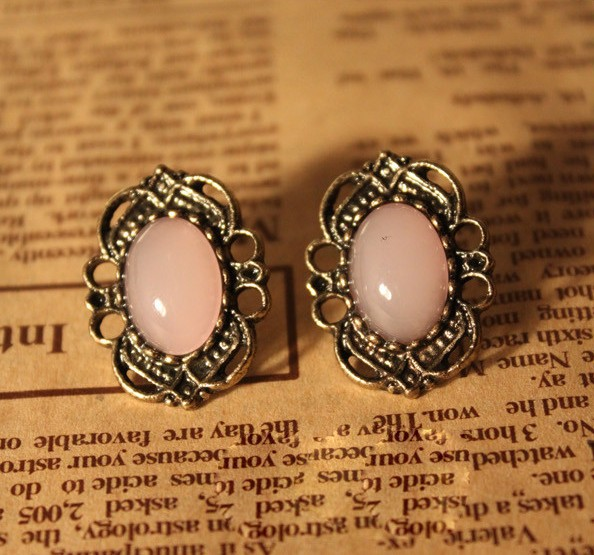 Wholesale Prices Trendy Acrylic Vintage Big Crystal Hollow Out Lace Pink Gems Stud Earrings For women HOT SALE XY-E346(China (Mainland))