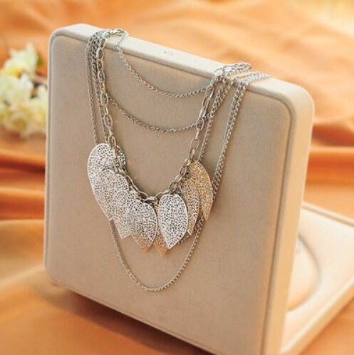 2016 New Fashion Wild Women Necklace Jewelry Retro Bohemian Wandering Leaves Multi-leaf Long Sweater Chain Necklace Women sa602(China (Mainland))
