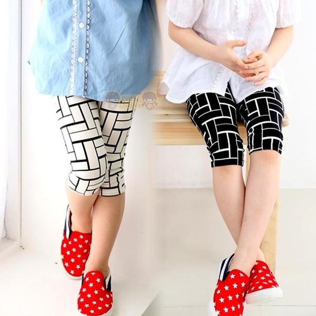 Девочка дети в леггинсы лето шотландка печать брюки черный белый девочки икры длина брюки