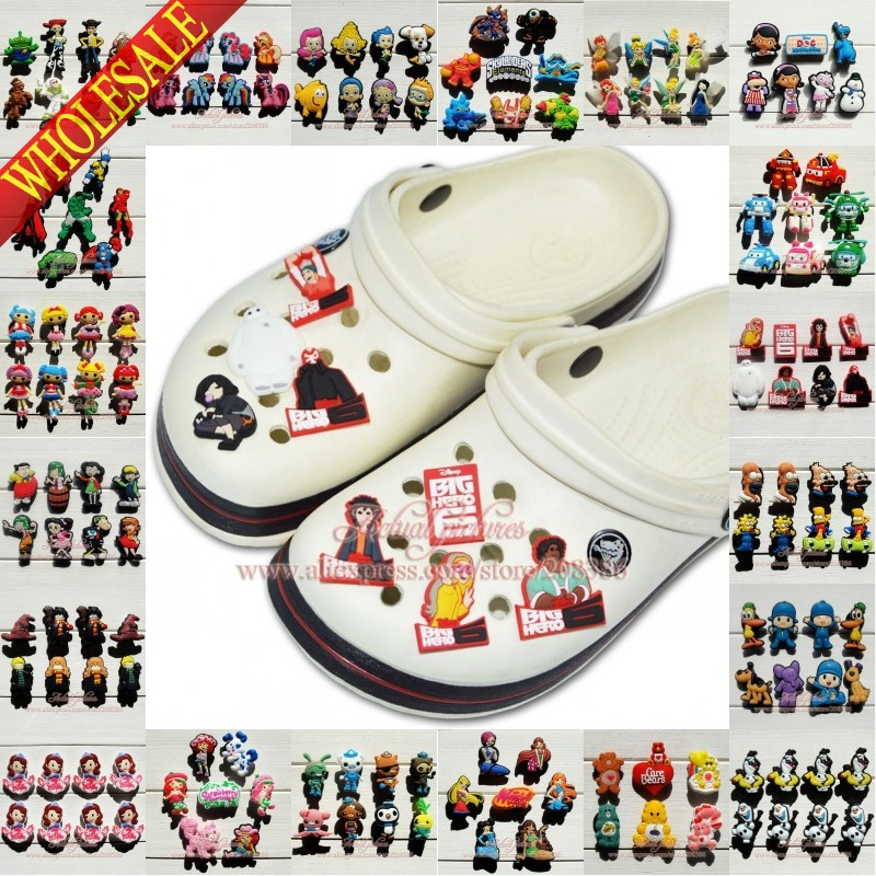 New 2015 PVC shoe charms, accessories for shoe & bracelets with holes,Shoe Ornament Kids party decoration Gifts(China (Mainland))