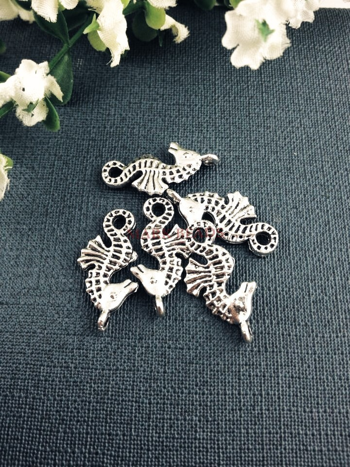 100pcs 22*12mm Antique Silver Plated Carved Sea Horse Charms Spacer Loose Beads Metal Alloy Jewelry Finding For Jewelry Making<br><br>Aliexpress
