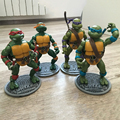 Free shipping Classic cartoon 4 pcs set Teenage Mutant Ninja Turtles movable joints complimentary base TMNT