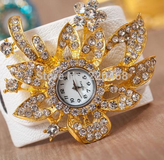 luxury Designers Flower Shape Wristwatches 2013 fashion Bohemia Brilliant rhinestone bracelet watch women A15 - YIWU BENHONG E-Commerce Co. LTD store