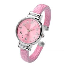 Women Fashion Digital Style Relogio Cuff Bracelet Band Watch Quartz Analog Wrist Watch