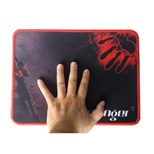 Natural rubber Large Gaming Mouse Pad Locking Edge Mouse Mat Version Medium-sized Pictures sell like hot cakes(China (Mainland))