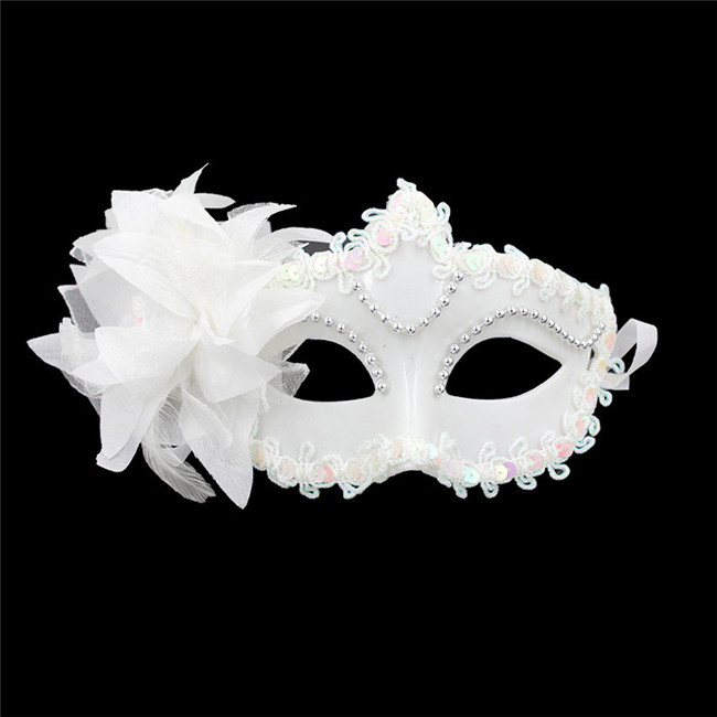(100 pieces/lot) New Plain Black and White Colors Half Face Plastic with Flowers Women's Elegant Masquerade Party Masks(China (Mainland))