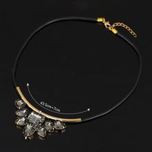 Quartz crystal pendant Crystal Exquisite Rhinestone Necklace 2016 Wholesale Newest Fashion Cortex Chain Collar Necklace Jewelry