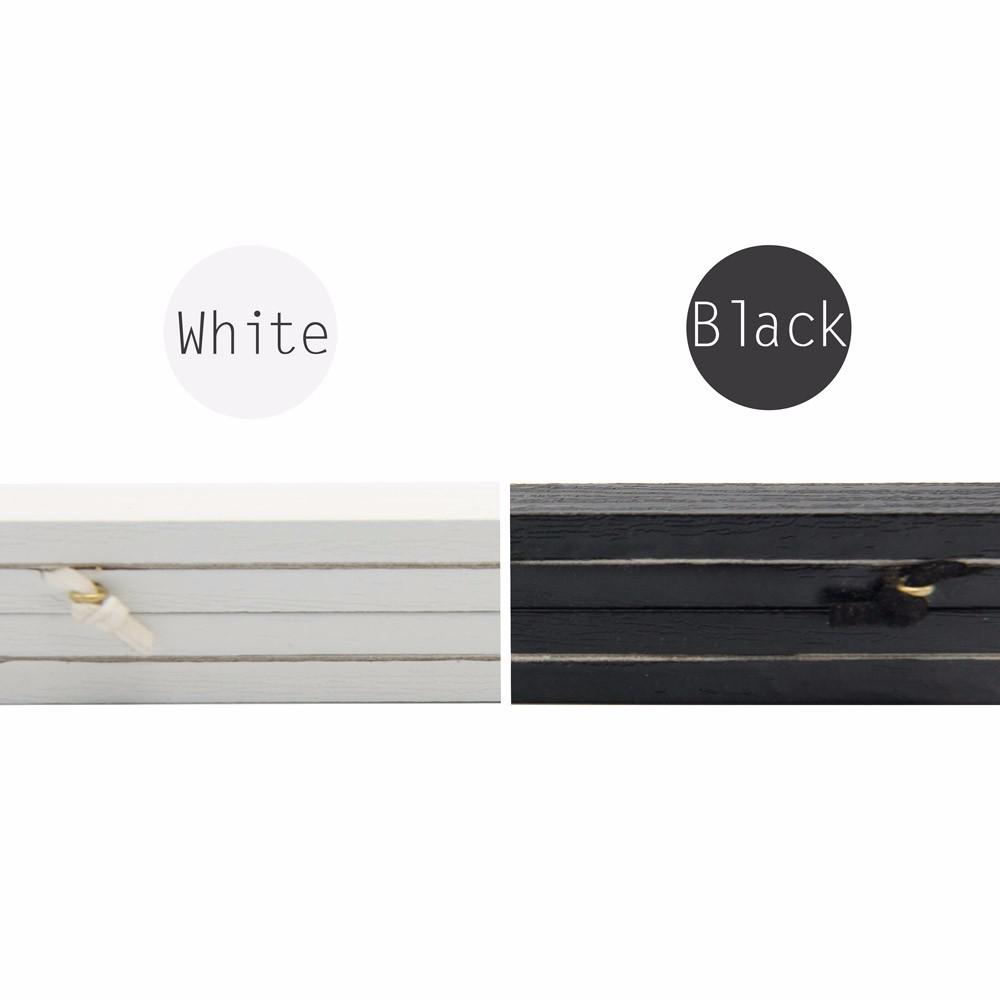 black-and-white-magnet-poster-frame-details-en