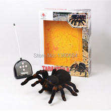 Free Shipping 4 Channel Remote Control  Spider Eyes Shine Halloween Simulation Spider RC Tricky Scary Toy Prank Gift Model(China (Mainland))