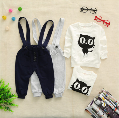 High quality 2015 new arrival children sets cartoon kitty boy sets spring coat + strap pants age 1-3 fashion baby clothing(China (Mainland))