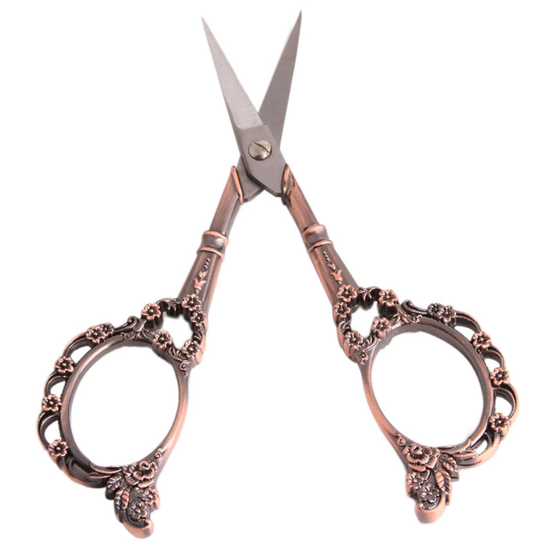1pc Vintage Floral Pattern Scissors Seamstress Plum Blossom Tailor Scissor Antique Sewing Scissors for Fabric Tool ZQ877883(China (Mainland))