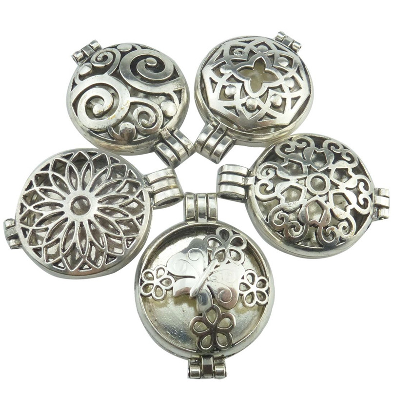 Free shipping Vintage 30mm Pad Sunflower Butterfly Locket Essential Oil Aromatherapy Perfume(China (Mainland))