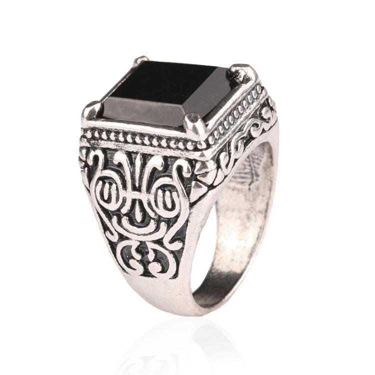 Men Jewelry Punk Engagement Artigos de Festa Vintage Sterling Silver Rings King Momentum quality assurance