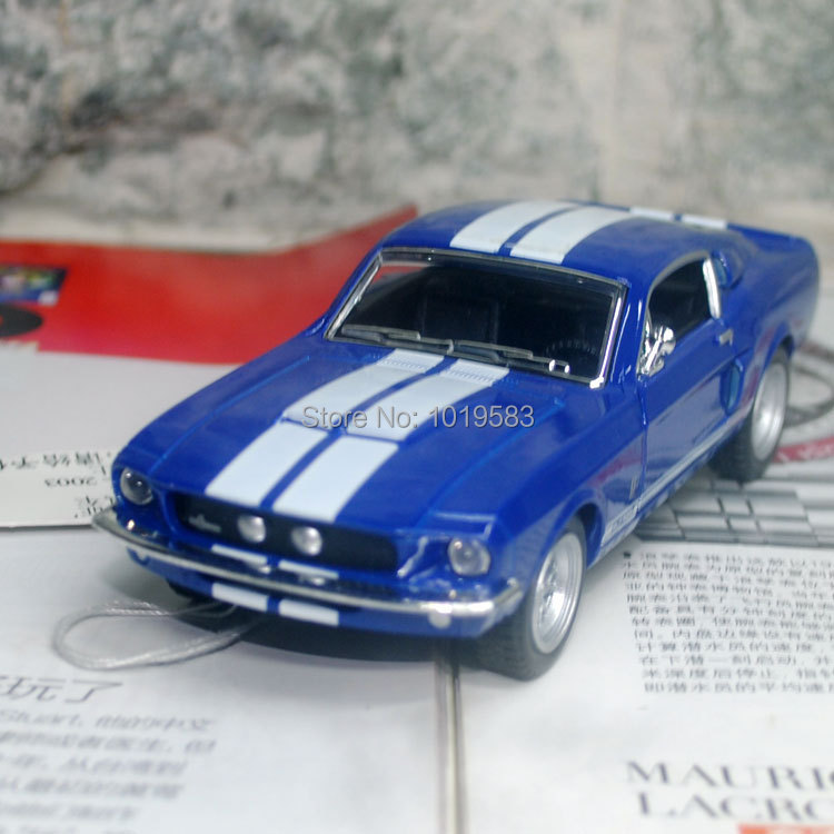 Brand New KINGSMART 1/38 Scale Classical 1967 Ford Shelby GT-500 Diecast Metal Pull Back Car Model Toy For Gift/Kids/Collection(China (Mainland))