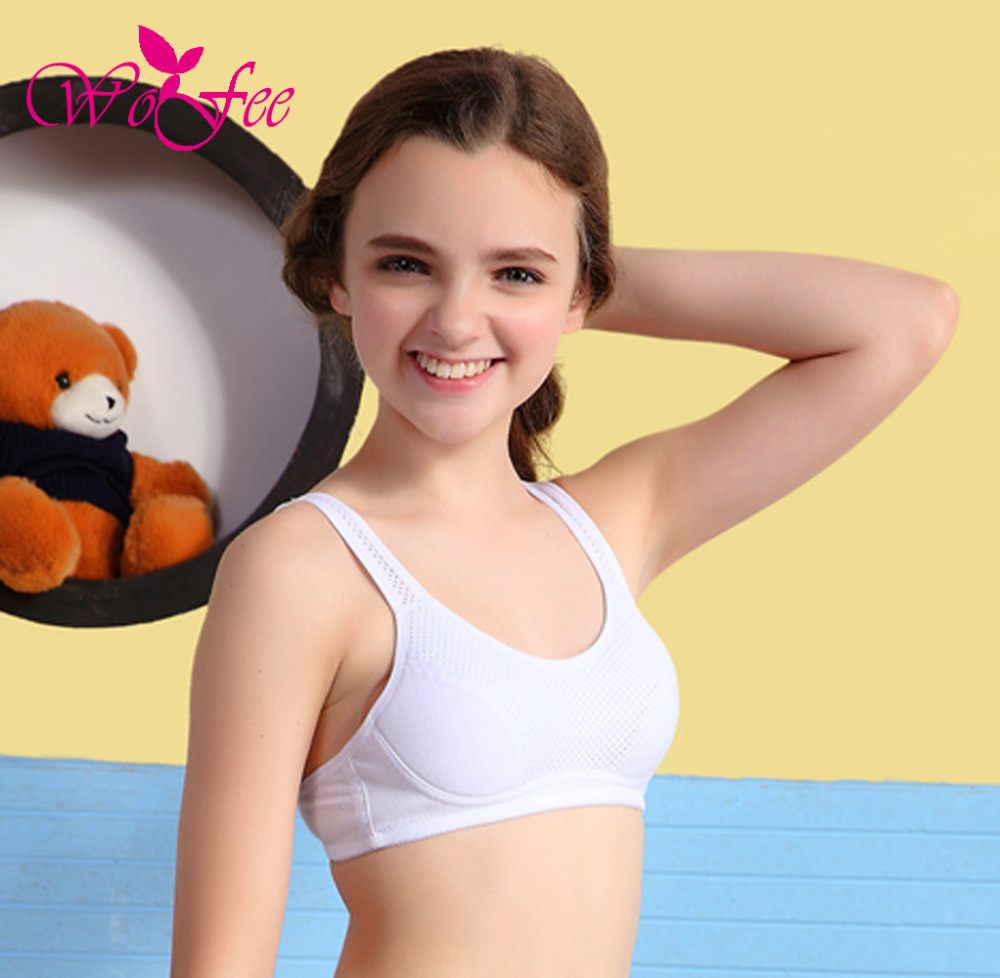 Recommend Tiny young girl first in bra
