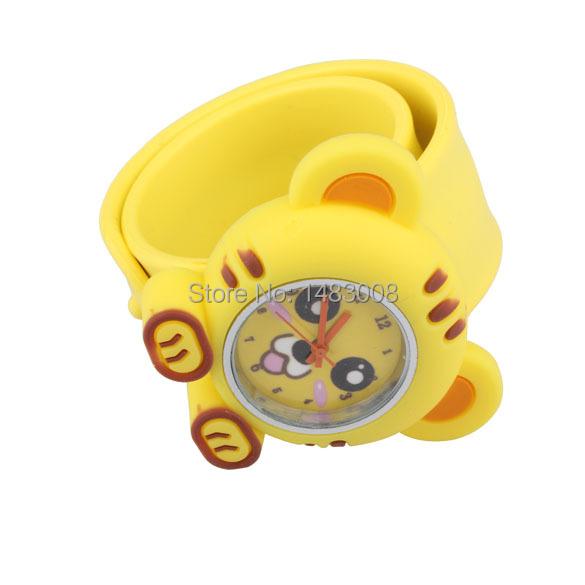 Digital Slap Watch Cute Cat Slap Wrist Watch for Kids Wristwatch Yellow High Quality(China (Mainland))